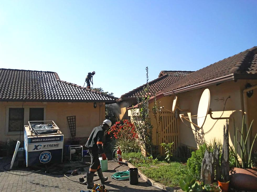 Residential Roof and Paving Cleaning