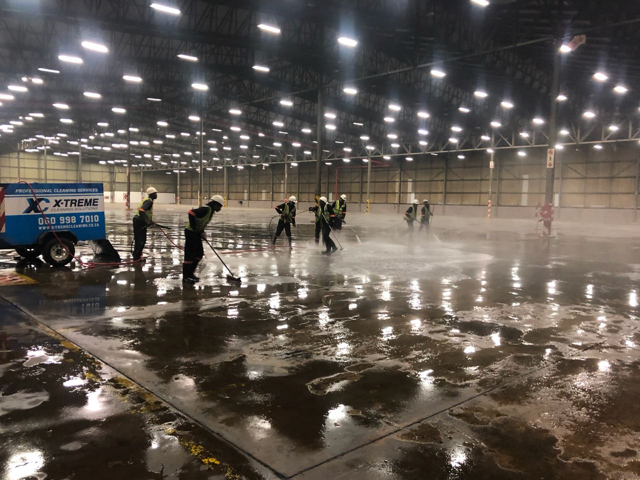 Warehouse Floor clean