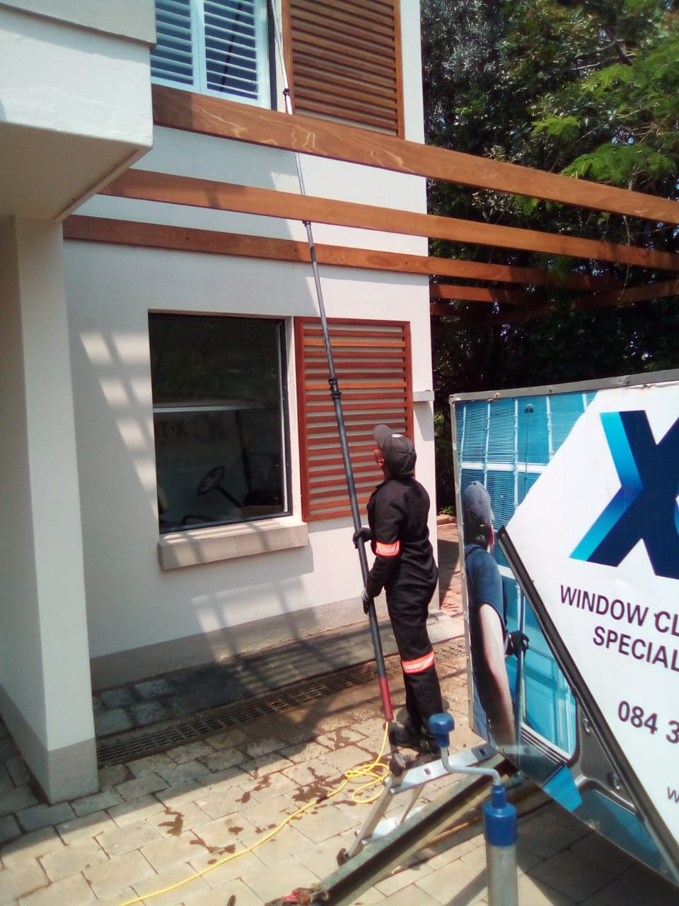 Residential Roof and Window Cleaning